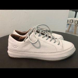 UGG women's leather sneaker 8.5